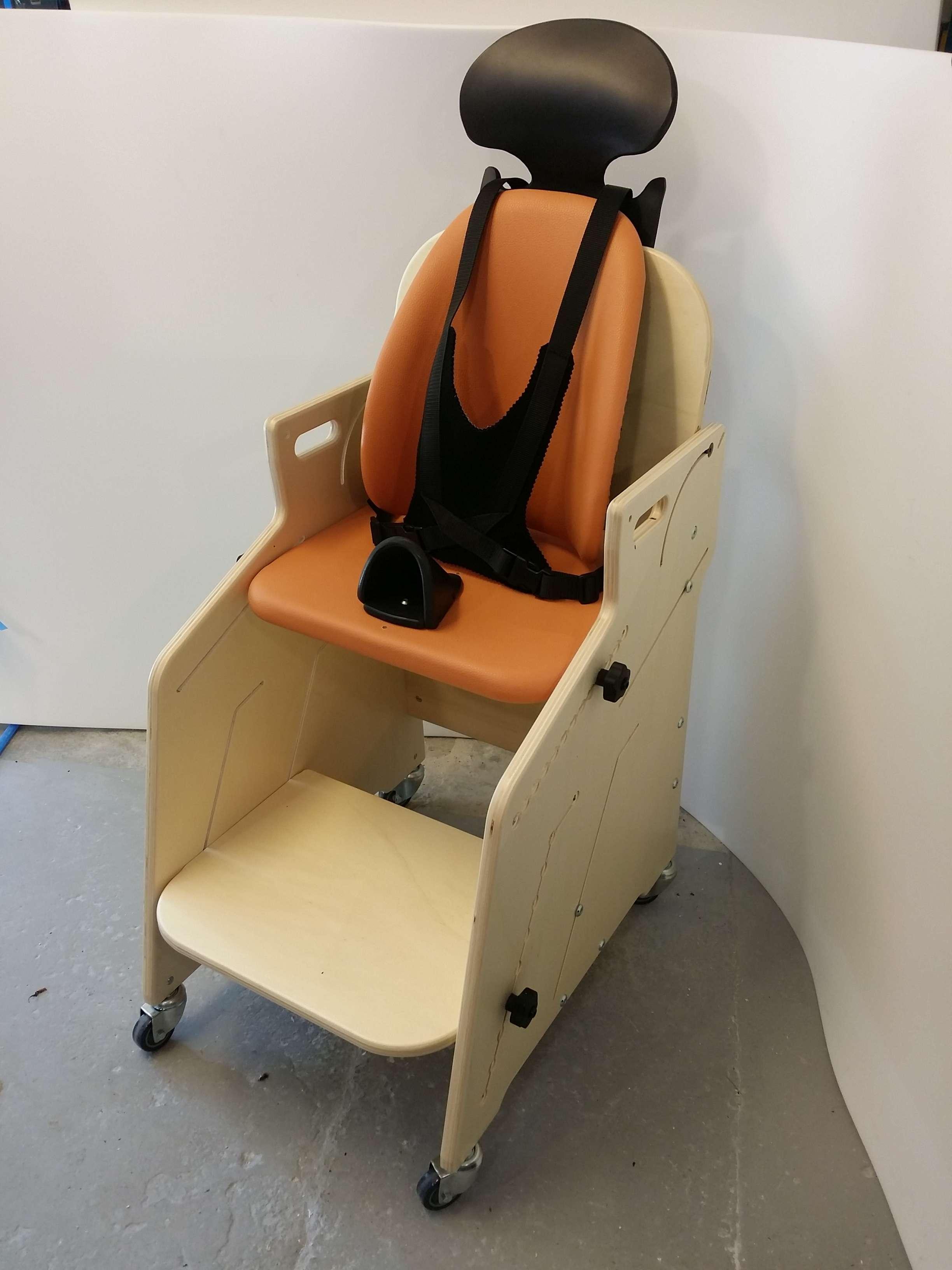bloc de mousse pour fauteuil 41617 fauteuil id es. Black Bedroom Furniture Sets. Home Design Ideas